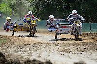 rechts HENDRICKX, Joris (BEL) und LIEPINS, Kaspars (LAT) auf VMC-KTM, links WILLEMSEN Daniel (NED) und VAN GAALEN Kenny (NED) auf WSP-ZABEL