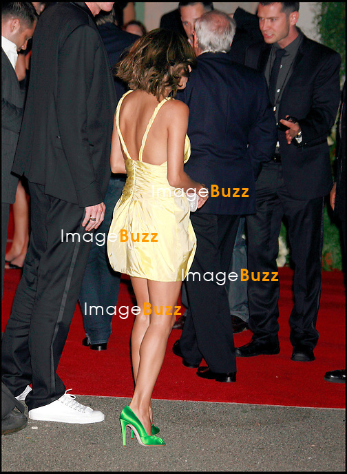 "EVA LONGORIA -SOIREE "" WELCOME TO LOS ANGELES "" POUR DAVID ET VICTORIA BECKHAM AU MUSEE D' ART CONTEMPORAIN GEFFEN.."" WELCOME TO LA "" BASH FOR DAVID AND VICTORIA BECKHAM HOSTED BY TOM CRUISE AND WILL SMITH, AT MUSEUM OF CONTEMPORARY ART'S GEFFEN CONTEMPORARY."