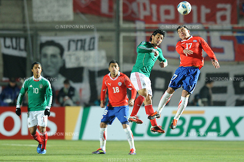 Rafael Marquez Lugo (MEX), Gary Medel (CHI),JULY 4, 2011 - Football :Copa America Argentina 2011 Group C match between Chile 2-1 Mexico at Bicentenarium Stadium in San Juan, Argentina. (Photo by aicfoto/AFLO)