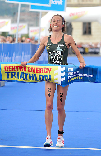 13.09.2010 The ITU Triathlon World Championship Womens Elite category in Budapest. Picture shows Emma Snowsill of Australia at the Finish Line.