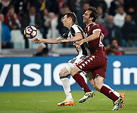Calcio, Serie A: Torino, Juventus Stadium, 6 maggio 2017. <br /> Juventus' Stephan Lightsteiner (r) in action with Torino's Emiliano Moretti (l) during the Italian Serie A football match between Juventus and Torino at Torino's Juventus stadium, May 6, 2017.<br /> UPDATE IMAGES PRESS/Isabella Bonotto