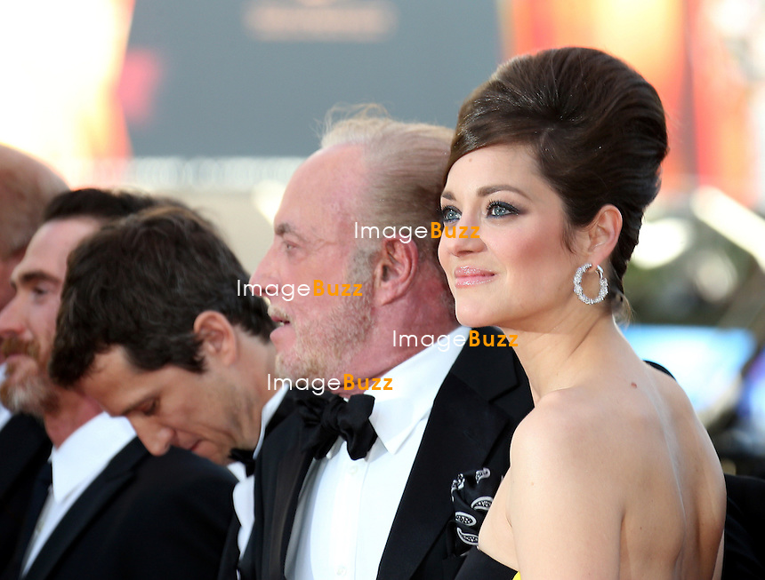 CPE/Guillaume Canet, Clive Owen, Marion Cotillard and James Caan attend the 'Blood Ties' Premiere during the 66th Annual Cannes Film Festival at the Palais des Festivals on May 20, 2013 in Cannes, France.