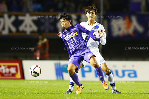 Hisato Sato (Sanfrecce),<br /> DECEMBER 5, 2015 - Football / Soccer : <br /> 2015 J.League Championship Final 2nd leg match<br /> between Sanfrecce Hiroshima - Gamba Osaka<br /> at Hiroshima Big Arch in Hiroshima, Japan.<br /> (Photo by Shingo Ito/AFLO SPORT)