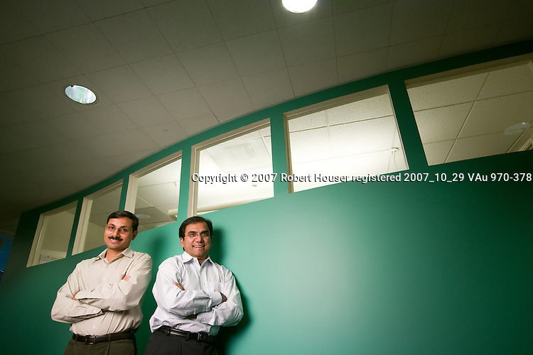 Govind Kizhepat - Founder, CEO and Sanjeev Jorapur - VP Technology - NetXen: Executive portrait photographs by San Francisco - corporate and annual report - photographer Robert Houser.