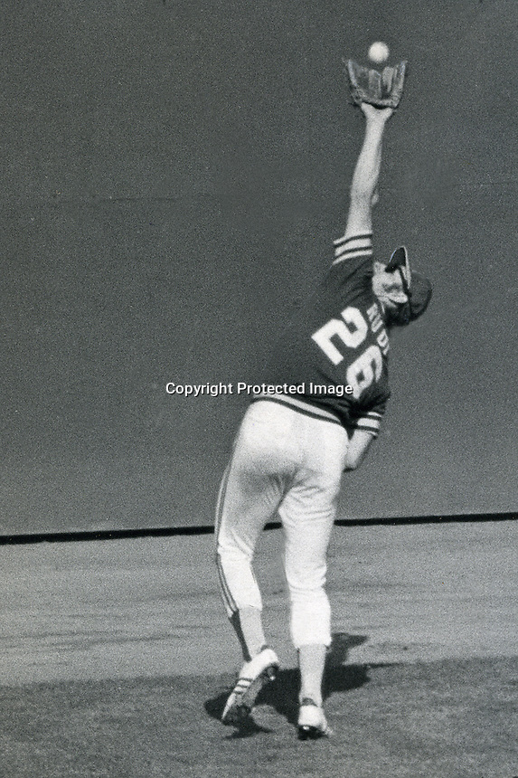 Oakland Athletics left fielder Joe Rudi makes catch.<br />