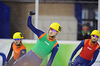 SHORTTRACK: AMSTERDAM: 05-01-2014, Jaap Edenbaan, NK Shorttrack, Freek van der Wart (#86) wint de 500 meter, ©foto Martin de Jong