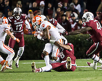 The tenth ranked South Carolina Gamecocks host the 6th ranked Clemson Tigers at Williams-Brice Stadium in Columbia, South Carolina.  USC won 31-17 for their fifth straight win over Clemson.  Clemson Tigers running back Roderick McDowell (25), South Carolina Gamecocks linebacker Kaiwan Lewis (8)