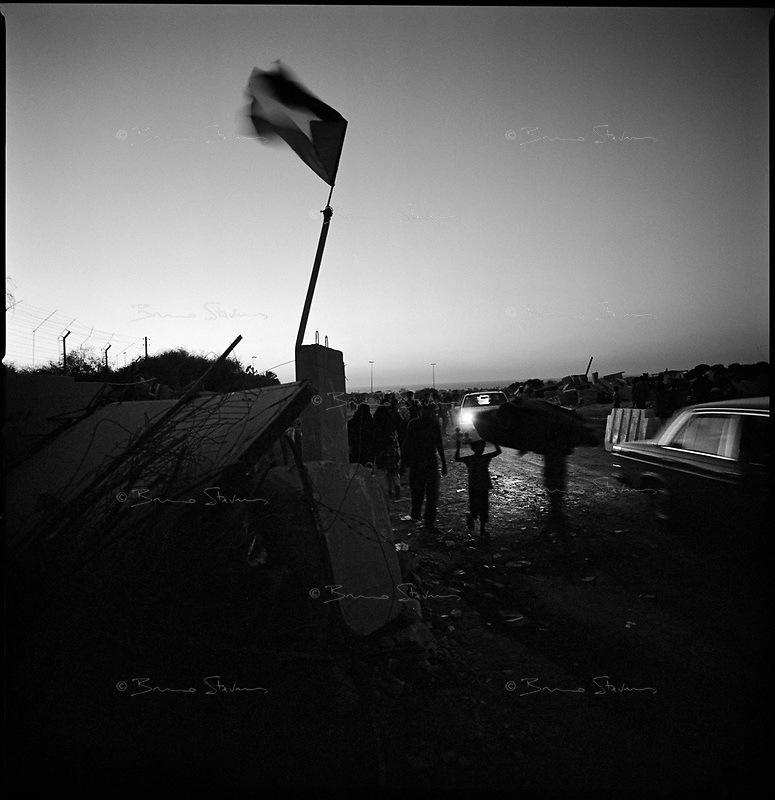 khan Younes, Gaza strip, Sept 13 2005.Palestinians celebrate the end of the Israeli occupation. passing by the former fortifications between Khan Younes and Neve Dekalim.