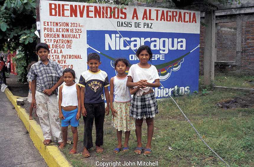 Nicaraguan children in Altagracia, Isla de Ometepe, Nicaragua