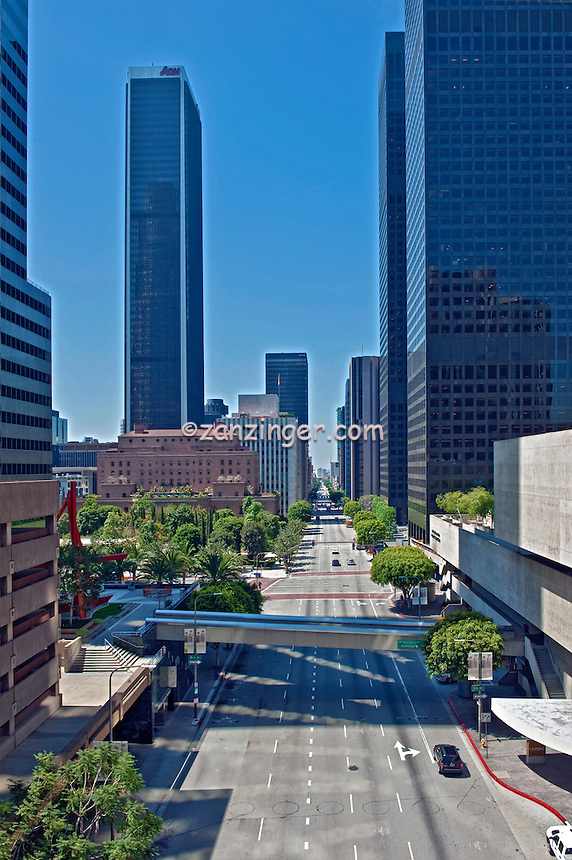 Downtown, Financial District, Skyscrapers, Tall Buildings, California Plaza, S. Flower Street, Los Angeles, CA, Architecture