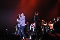 CULTUUR: LEEUWARDEN: 14-01-2015, FRI(E)SIAN PROMS, Barry Hay (zanger Golden Earing), ©foto Martin de Jong
