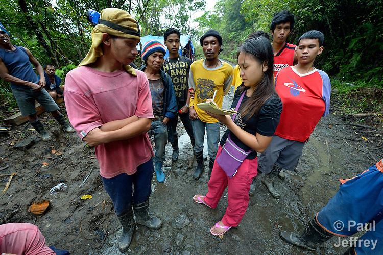 Small Mine Development : Mindanao miners refuse to leave mining area make way