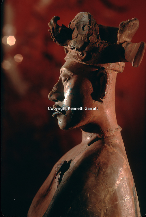 Maya; Palenque; Ancient Cultures; The Americas; Archaeology; Mexico; Meso America, figure, statue, ceramic