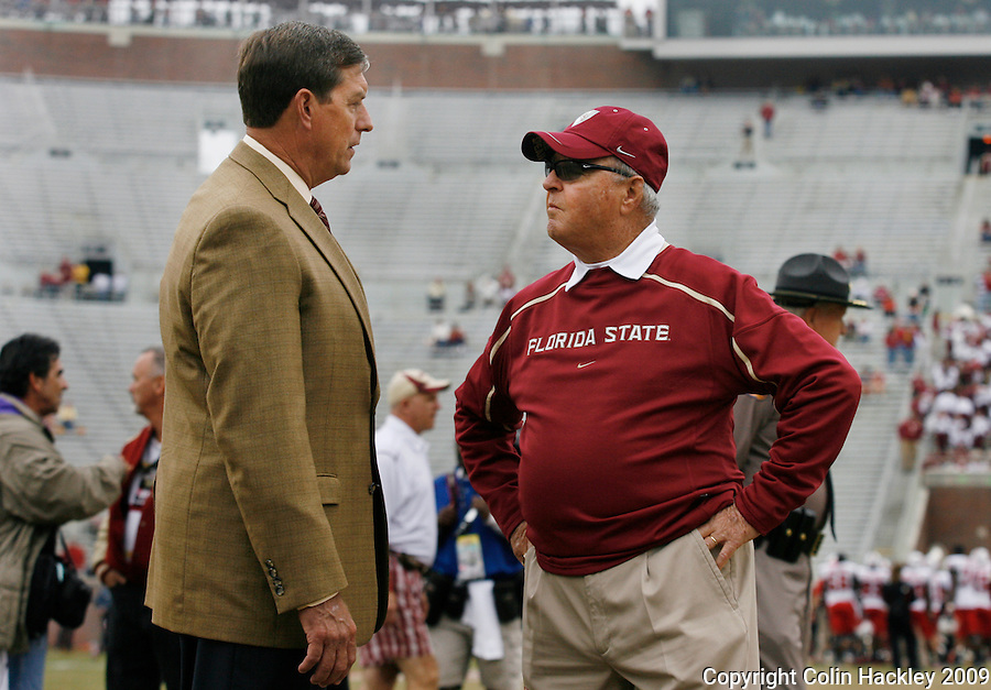TALLAHASSEE, FL 11/21/09-FSU-MARY FB09 CH11-Florida State Head Coach Bobby Bowden, right, talks with Athletic Director Randy Spetman prior to the Maryland game, Saturday at Doak Campbell Stadium in Tallahassee. .COLIN HACKLEY PHOTO