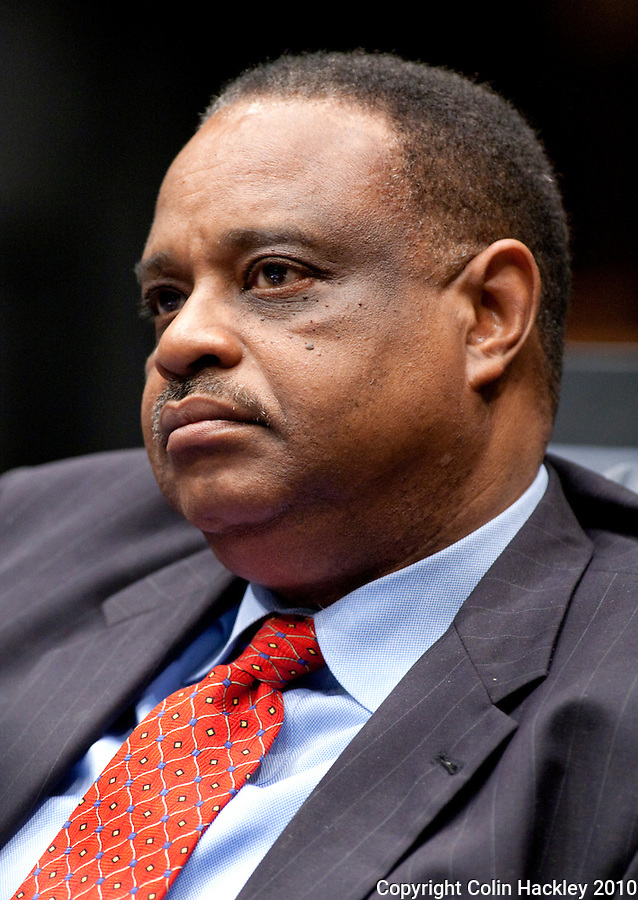 TALLAHASSEE, FLA. 3/2/10-OPENING DAY CH71-Sen. Al Lawson, D-Tallahassee, during the opening day of the legislative session, Tuesday at the Capitol in Tallahassee...COLIN HACKLEY PHOTO