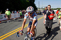 Fred Rodriguez of Davitamon-Lotto rides to the podium after Stage 6 of the Ford Tour de Georgia. Rodriguez won the overall Sprint Leader jersey. Floyd Landis of Phonak Hearing Systems won the entire Tour de Georgia.<br />