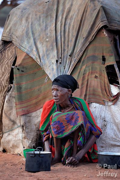 Somali refugee woman in Dadaab camp   KairosPhotos ...