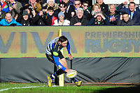 Matt Banahan of Bath Rugby scores his first try of the match. Aviva Premiership match, between Bath Rugby and London Irish on March 5, 2016 at the Recreation Ground in Bath, England. Photo by: Patrick Khachfe / Onside Images