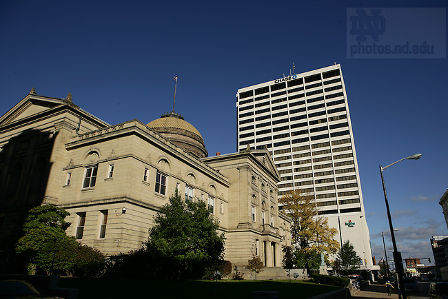 St. Joseph County Courthouse and Chase Bank building, downtown South Bend..Photo by Matt Cashore..