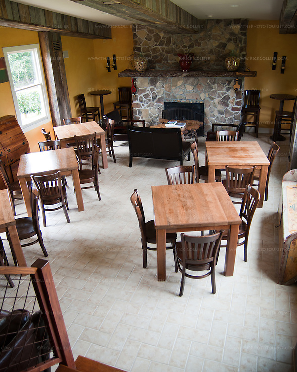 Chateau O'Brien Winery and Vineyard has lots of  indoor and outdoor seating for snacking or just tasting the wine.