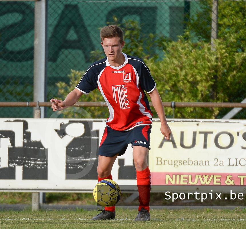KVK Avelgem : Michiel Haemers<br /> Foto VDB / Bart Vandenbroucke