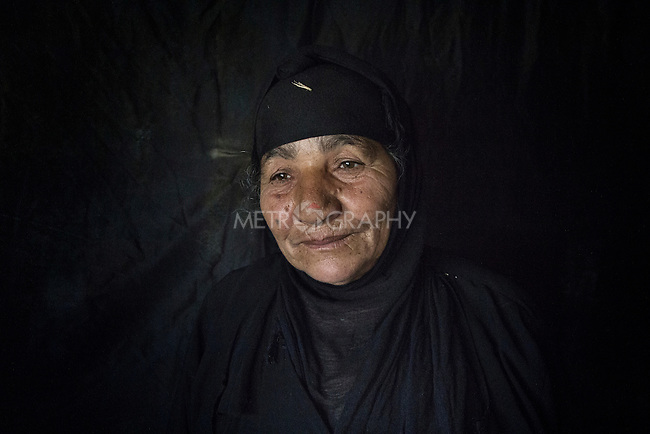 23/06/2015 -- Dibaga-Makhmur-, Iraq -- Hindia Salah from Jarallah village, inside her new home at the chicken farm in Dibaga.<br />