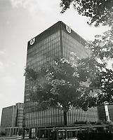1970 July 20..Redevelopment...Downtown South (R-9)..United Virginia Bank Building..Millard Arnold.NEG# MDA70-84-9.NRHA#..