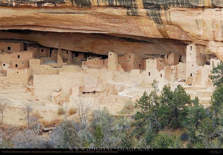 Cliff Palace, right side detail, Anasazi Hisatsinom Ancestral Pueblo Site, Cliff Canyon, Mesa Verde National Park, Colorado