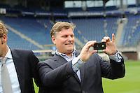 VOETBAL: ABE LENSTRA STADION: HEERENVEEN: SC Heerenveen voorzitter Robert Veenstra, ©foto Martin de Jong