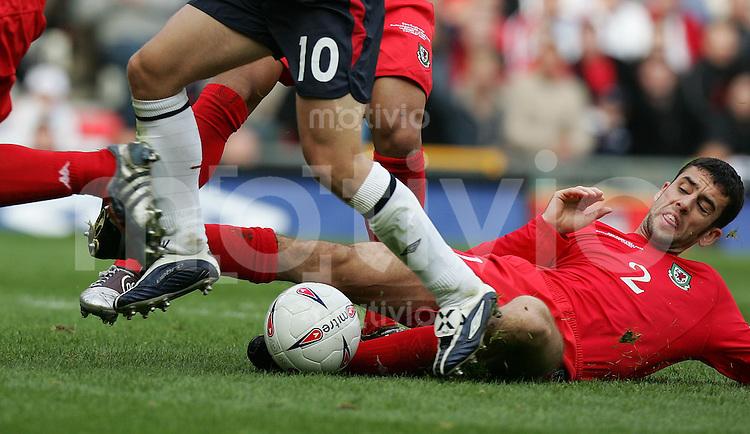 Fussball International WM Qualifikation 2006 Gruppe 6 England 3-0 Wales Mark Delaney (W)