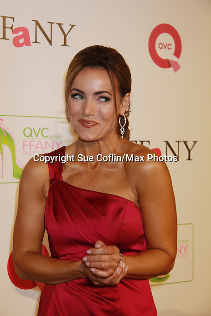 QVC Host Lisa Robertson at 18th Annual QVC FFANY Shoes on Sale - a