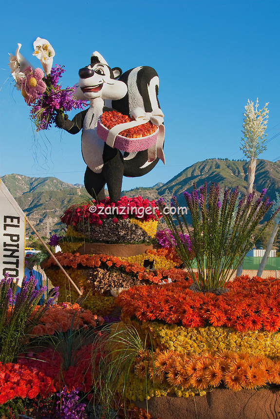 """New Mexico, """"Enchantment in the Air"""" colorful, Rose Float 2010"""