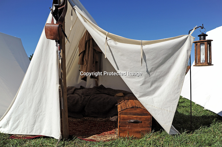 Civil War Tents : Confederate camp tent carita aarnio