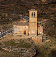 Iglesia Vera Cruz (Church of the True Cross), 13th century, Road to Zamarramala, Segovia, Castile and Leon, Spain. Constructed by the Knights Templar to house a fragment of the True Cross, consecrated, 1208. Romanesque 12-sided polygonal building broken to the east by the triple apse and to the south by the tower. Picture by Manuel Cohen