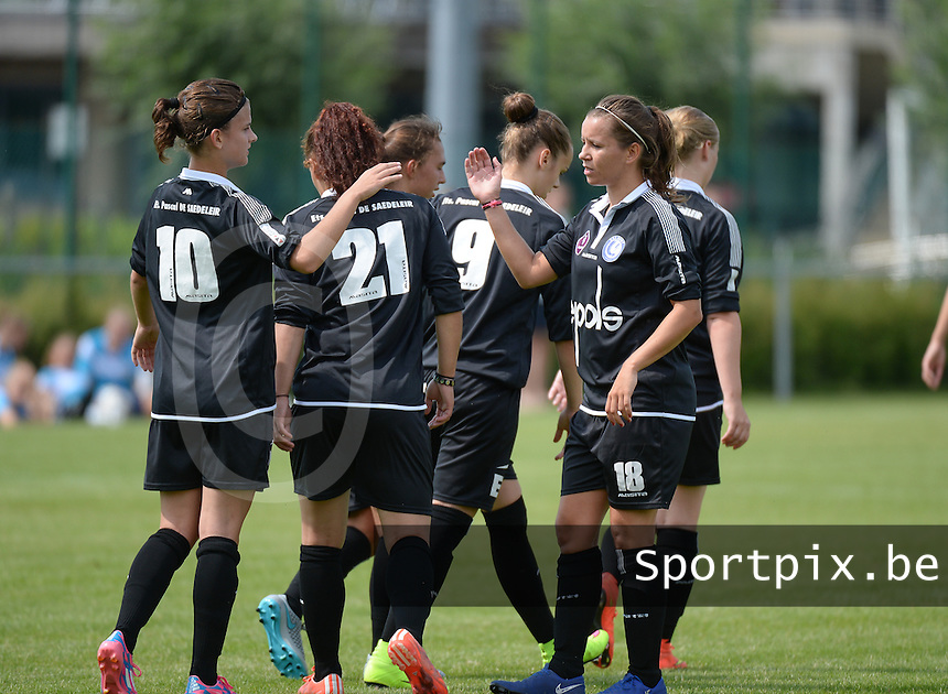 20150801 - WESTKAPELLE , BELGIUM : Gent pictured celebrating a goal during a friendly soccer match with the women team of AA Gent Ladies , during the preparation for the 2015-2016 SUPERLEAGUE season, Saturday 1 August 2015 . PHOTO DAVID CATRY