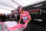 Race leader Bob Jungels (LUX) Quick-Step Floors at sign on before the start of Stage 6 of the 100th edition of the Giro d'Italia 2017, running 217km from Reggio Calabria to Terme Luigiane, Italy. 11th May 2017.<br /> Picture: LaPresse/Gian Mattia D'Alberto   Cyclefile<br /> <br /> <br /> All photos usage must carry mandatory copyright credit (&copy; Cyclefile   LaPresse/Gian Mattia D'Alberto)