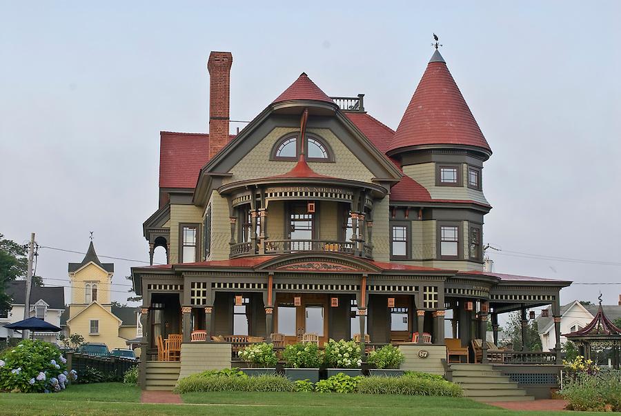 Massachusetts martha 39 s vineyard oak bluffs homes jake for Massachusetts home builders