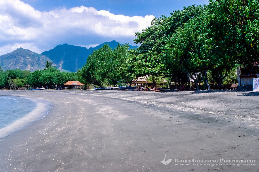 Buleleng Indonesia  City new picture : Bali, Buleleng. The beaches on northern Bali consist of dark volcanic ...