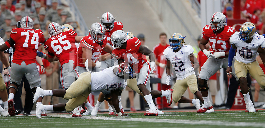Ohio State Buckeyes running back Curtis Samuel (4) in action   during an NCAA football game between the Ohio State Buckeyes and the Tulsa Golden Hurricane at Ohio Stadium on Saturday, September 10, 2016. (Columbus Dispatch photo by Fred Squillante)