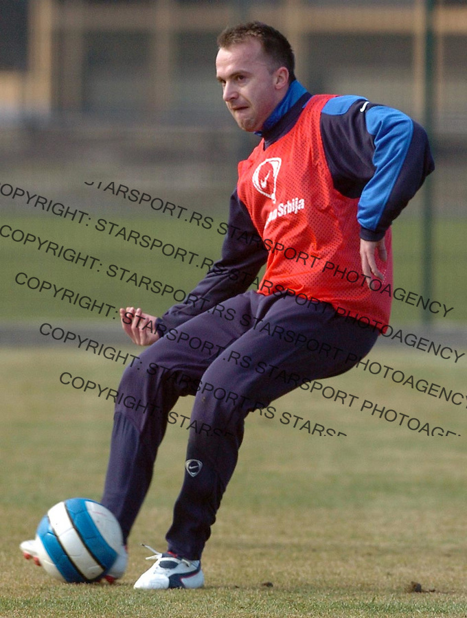 Sport Fudbal Reprezentacija Srbija Soccer Srbia National Ream Trening Training  Ognjen Koroman 7.2.2007. Photo: Pedja Milosavljevic