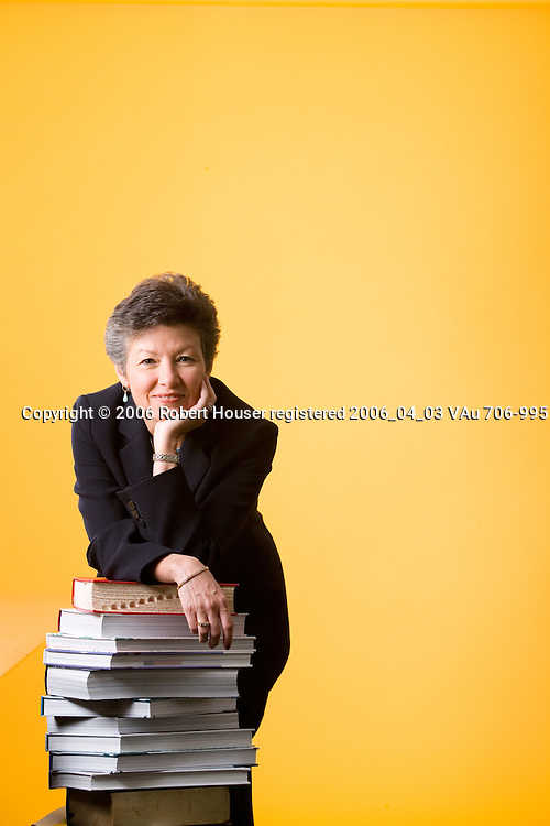 Sara Martinez Tucker - CEO - Hispanic Scholarship Fund: Executive portrait photographs by San Francisco - corporate and annual report - photographer Robert Houser.