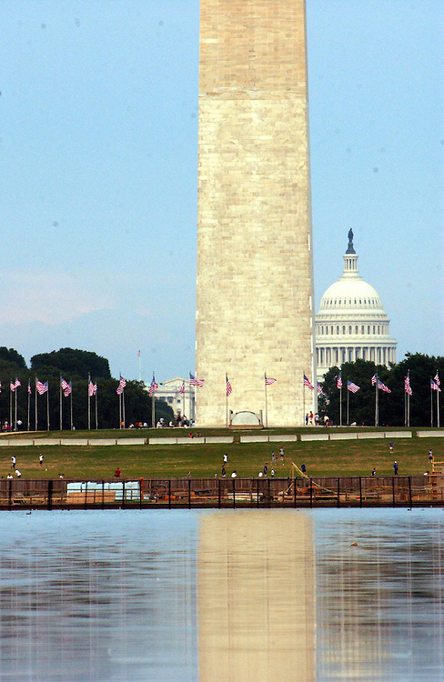 7/31/03.US CAPITOL--The U.S. Capitol and Washington Monument, as seen from the Lincoln Memorial grounds..CONGRESSIONAL QUARTERLY PHOTO BY SCOTT J. FERRELL