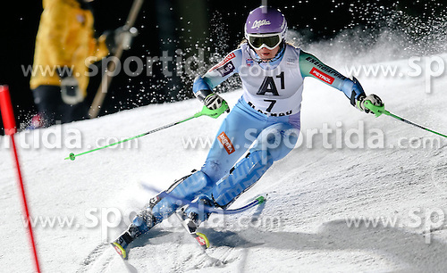 13.01.2015, Hermann Maier Weltcupstrecke, Flachau, AUT, FIS Weltcup Ski Alpin, Flachau, Slalom, Damen, 1. Lauf, im Bild Tina Maze (SLO) // Tina Maze of Slovenia in action during 1st run of the ladie's Slalom of the FIS Ski Alpine World Cup at the Hermann Maier Weltcupstrecke in Flachau, Austria on 2015/01/13. EXPA Pictures © 2015, PhotoCredit: EXPA/ Johann Groder