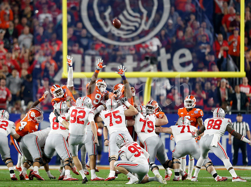 Ohio State Buckeyes place kicker Tyler Durbin (92) misses his second field goal against Clemson Tigers in the 1st half of the College Football Playoff semifinal Fiesta Bowl against the Clemson Tigers at University of Phoenix Stadium in Glendale, Arizona on Dec. 31, 2016.