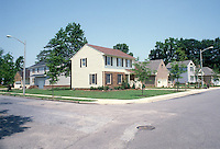 1989 June ..Conservation.North Titustown..CARNEY PARK.HOUSES...NEG#.NRHA#..