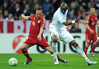FUSSBALL   CHAMPIONS LEAGUE  VIERTELFINAL RUECKSPIEL   2011/2012      FC Bayern Muenchen - Olympic Marseille          03.04.2012 Franck Ribery (li, FC Bayern Muenchen) gegen Stephane Mbia (Olympique Marseille)