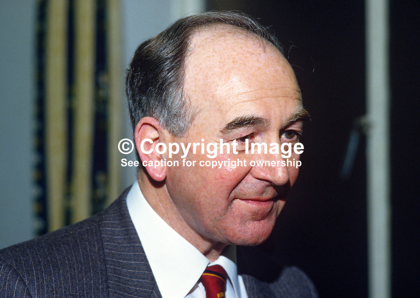 George Bustard, chartered accountant, prominent layman, St Anne's, Church of Ireland, Anglican,  Belfast, N Ireland, UK, 19850025GB..Copyright Image from Victor Patterson, 54 Dorchester Park, Belfast, UK, BT9 6RJ..Tel: +44 28 9066 1296.Mob: +44 7802 353836.Voicemail +44 20 8816 7153.Skype: victorpattersonbelfast.Email: victorpatterson@mac.com.Email: victorpatterson@ireland.com (back-up)..IMPORTANT: If you wish to use this image or any other of my images please go to www.victorpatterson.com and click on the Terms & Conditions. Then contact me by email or phone with the reference number(s) of the image(s) concerned.
