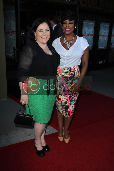 Alex Borstein, Niecy Nash<br /> at the HBO Premiere of &quot;The Normal Heart,&quot; WGA Theater, Beverly Hills, CA 05-19-14<br /> David Edwards/DailyCeleb.com 818-249-4998