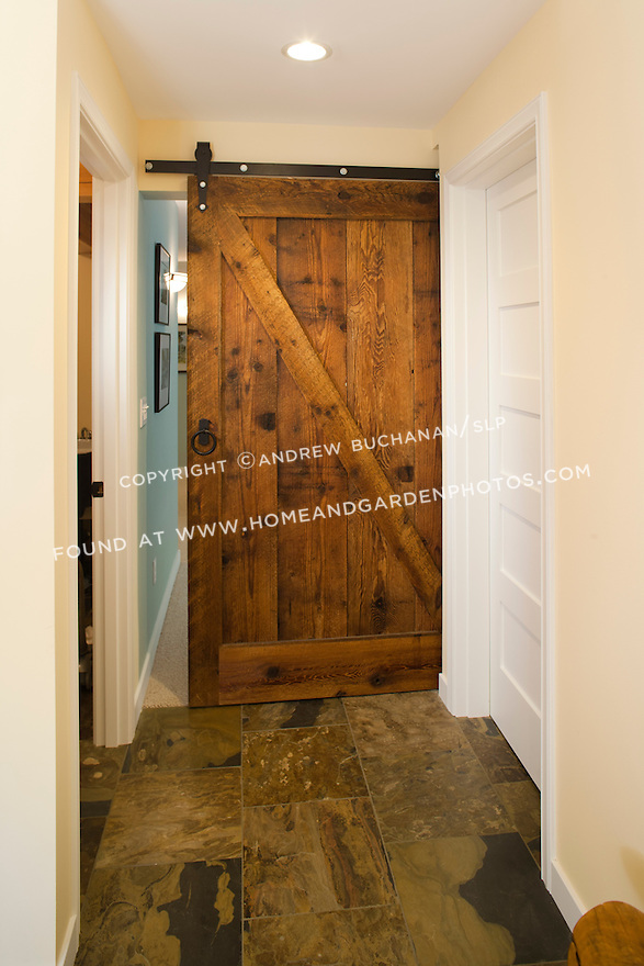 Df024614 basement remodel sliding barn door photojpg for Barnwood pocket door