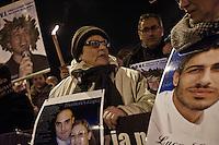 L'Aquila 05/04/2013: A 4 anni dal terribile terremoto che scosse l'intero territorio aquilano si ricorda con una fiaccolata simbolo le 309 vittime. Foto Adamo Di Loreto